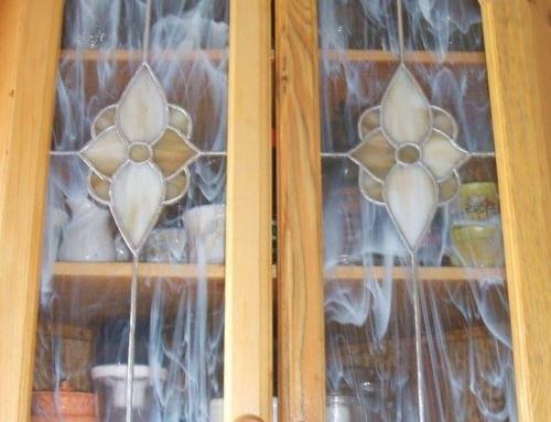 Konyhaszekrény üveg